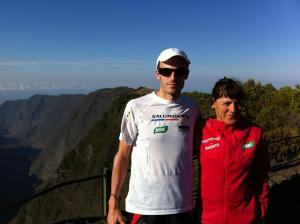 Diagonale des Fous 2012 iker karrera and nerea martinez from salomon running