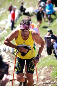 Luis Alberto Hernando coming in 2 minutes behind Kilian at Aizkorri summit