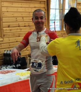 Casey Morgan at aid station 82k during Transgrancanaria 125k