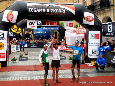 Kilian Jornet victory and CR at Zegama 2014 with De Gasperi and Hernando