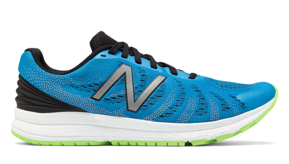 See more about the best running shoes in spanish here at our sister website  MOXIGENO.COM .